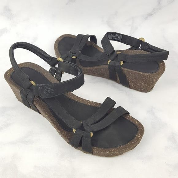 38848324f707 Teva Ysidro Universal Black Leather Wedge Sandal. M 5a9c2b3b8df470083cf10844